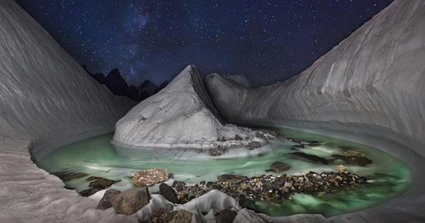 A Photographer With A Drone Discovered A Stunning Glacier Scene Hidden In The Himalayas