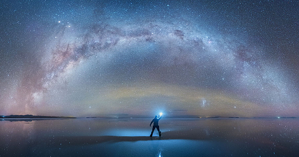 Amazing Capture Of Milky Way Reflected At The World's Largest Salt Flat